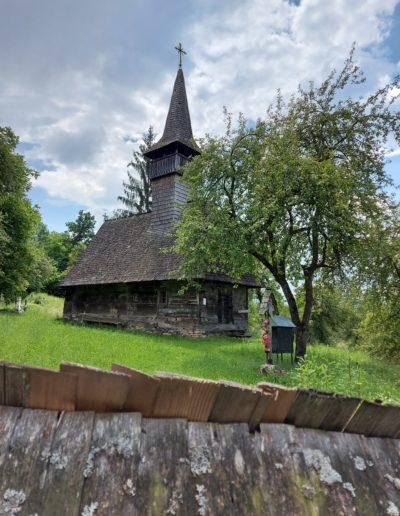 15 Mănăstirea (foto Rada Pavel)