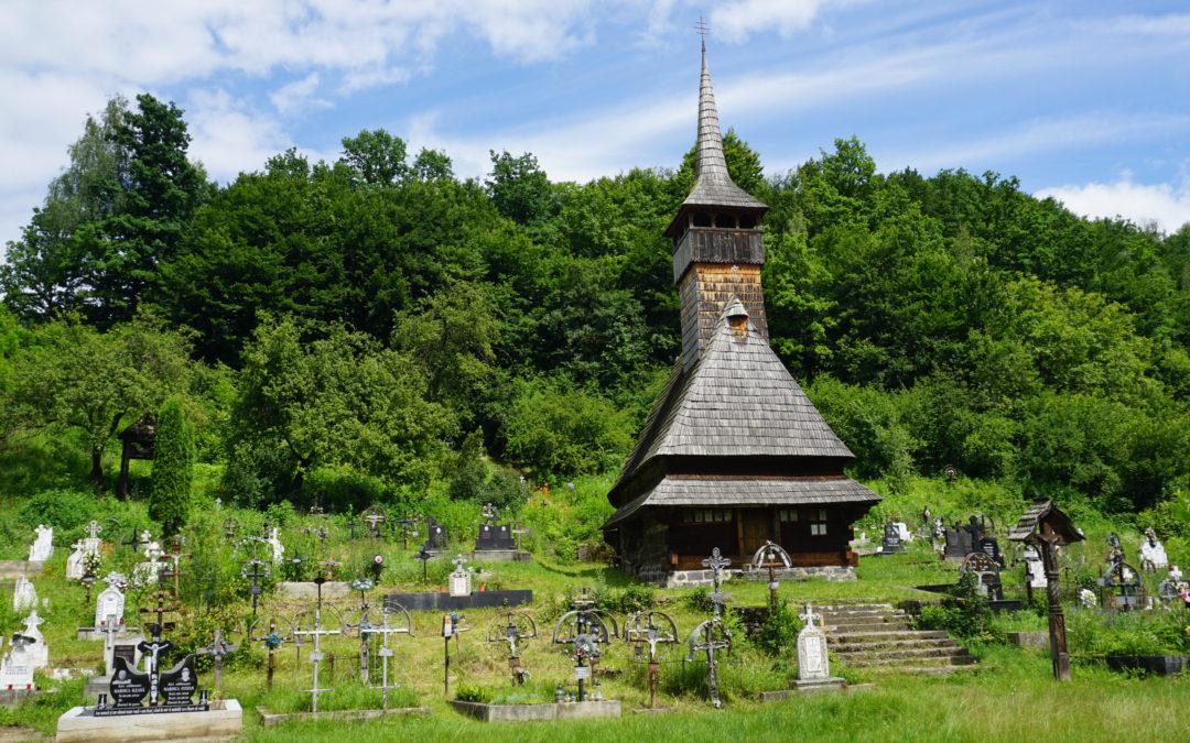 """Biserica de lemn """"Sfântul Nicolae"""" din Cornești"""
