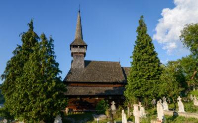 """Biserica de lemn """"Cuvioasa Paraschiva"""" din Poienile Izei (monument UNESCO)"""