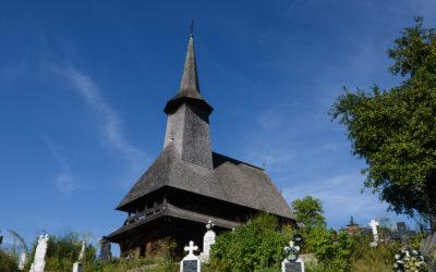 """Biserica de lemn """"Nașterea Maicii Domnului"""" din Rona de Jos"""