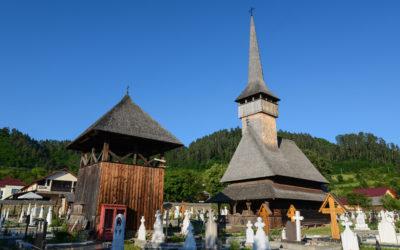 "Biserica de lemn ""Sfinții Arhangheli Mihail şi Gavril"" din Rozavlea"